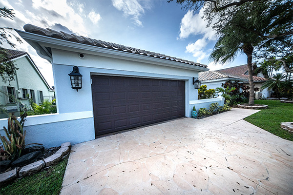 A Professional Photo Taken Of A 5 Bedroom 4 Bathroom Home in Jupiter, FL during the COVID-19 Epidemic